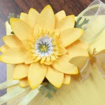 BE 1005 box - yellow gerber daisy 2